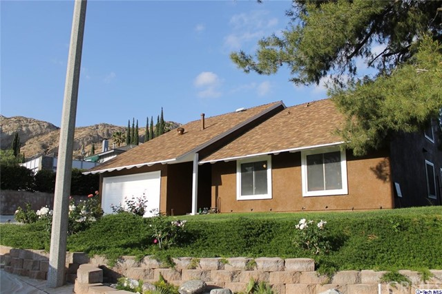 29302 Snapdragon Place, Newhall CA 91387