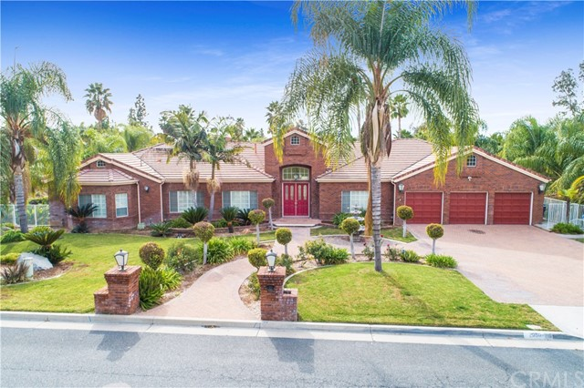 2080 Westminster Drive, Riverside CA 92506