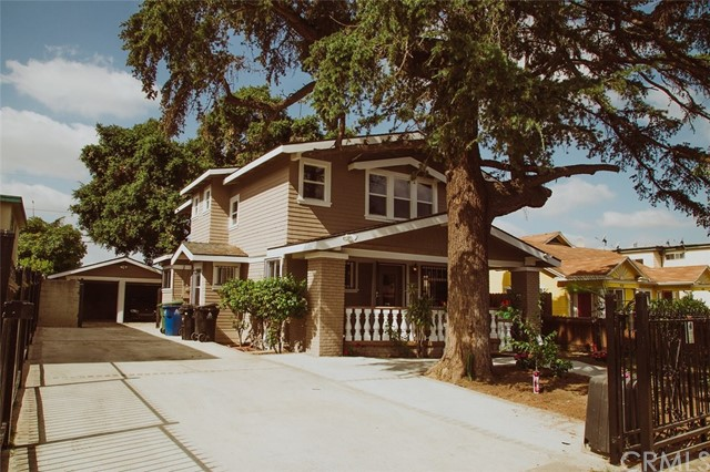 4706 W 17th Street, Los Angeles CA 90019