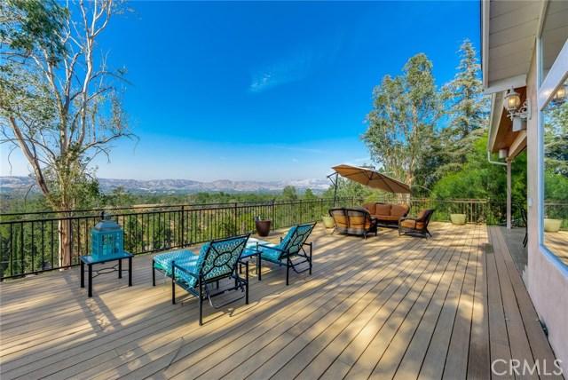 5735 Rolling Road, Woodland Hills CA 91367