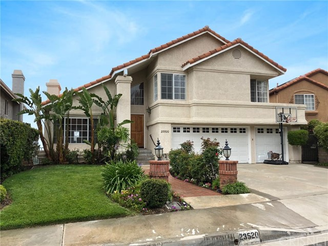 23520 Stillwater Place, Newhall CA 91321