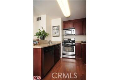 5515 Canoga Avenue Unit 116, Woodland Hills CA 91367