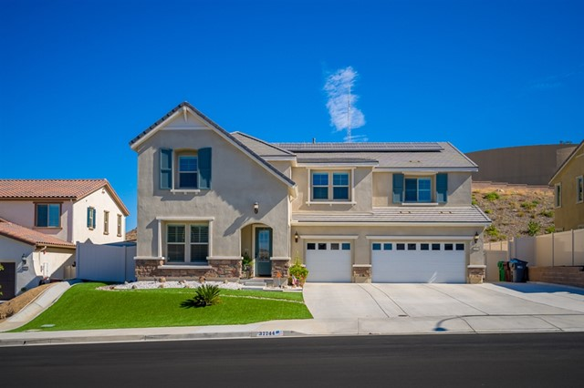 37744 Mockingbird Ave, Murrieta CA 92563