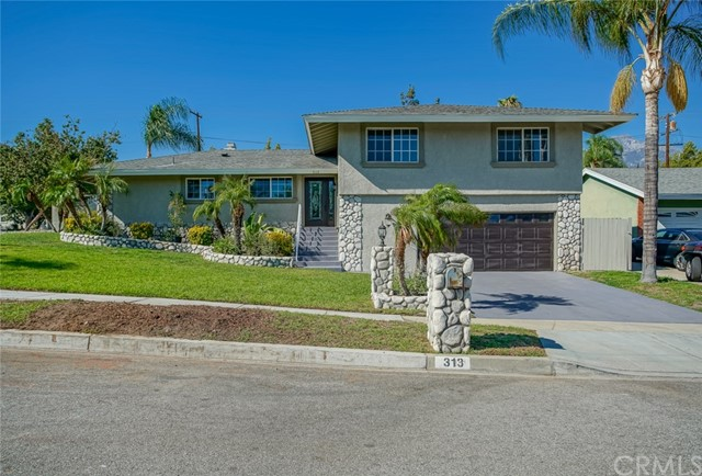 313 E Avalon Court, Upland CA 91784
