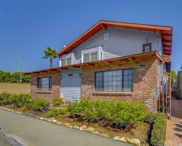Seal Beach Property built 1978