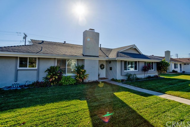 5572 Edinger Avenue, Huntington Beach CA 92649