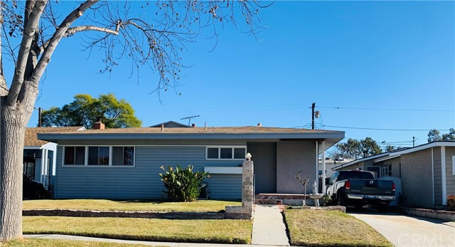 3248 Senasac Avenue, Long Beach CA 90808