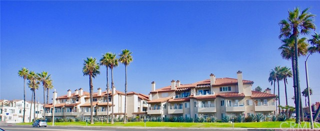 1400 Pacific Coast Unit 110, Huntington Beach CA 92648
