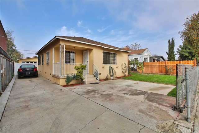 10617 Grape Street, Los Angeles CA 90002