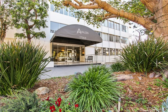17368 W Sunset Boulevard Unit 301, Pacific Palisades CA 90272