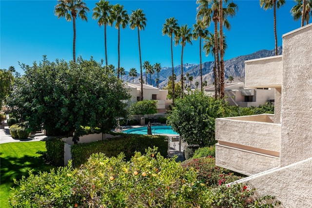 2071 E Columbard Drive, Palm Springs CA 92264