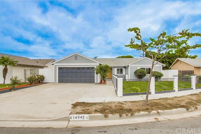 14942 Ridgeview Circle, Huntington Beach CA 92647
