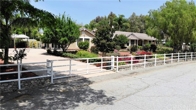 29320 Hasley Canyon Road, Castaic CA 91384