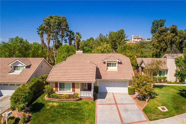 23915 Whitfield Place, Valencia CA 91354
