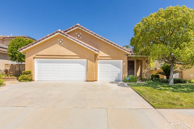 22918 Raintree Lane, Saugus CA 91390