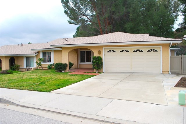 19842 Avenue Of The Oaks, Newhall CA 91321