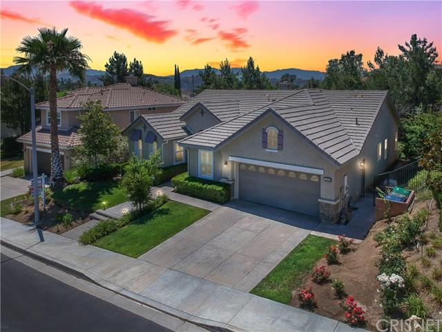 21814 Taylor Court, Saugus CA 91390