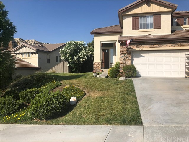 17913 Maplehurst Place, Canyon Country CA 91387