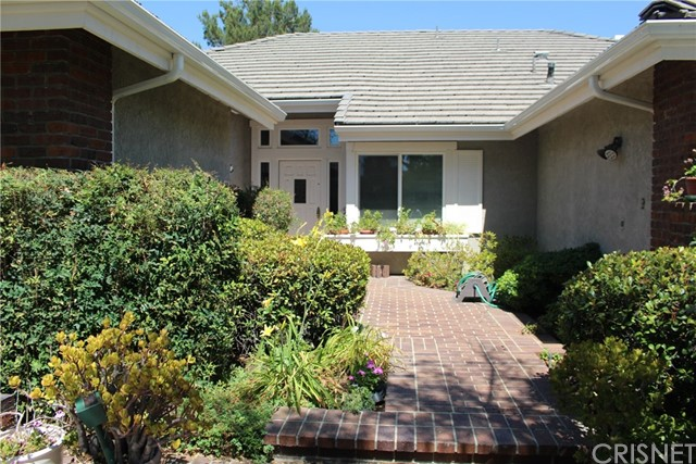 26080 Charing Cross Road, Valencia CA 91355