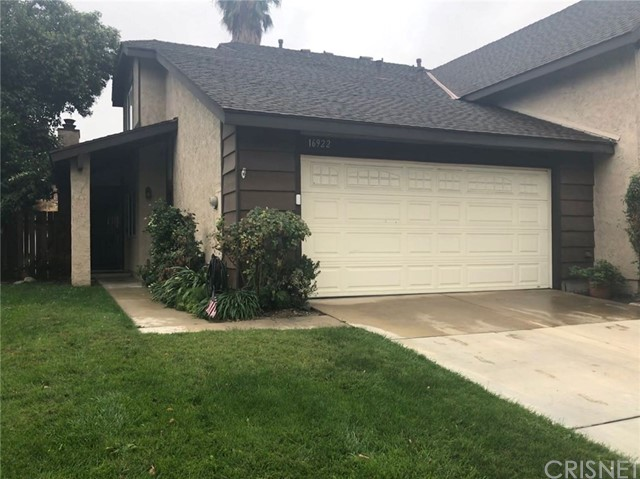 16922 Shinedale Drive, Canyon Country CA 91387
