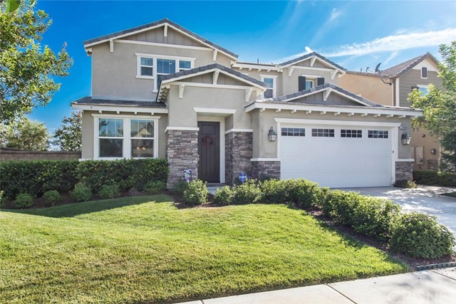 22450 Plantation Court, Saugus CA 91350