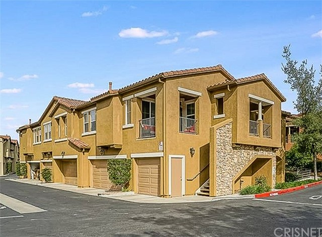 17955 Lost Canyon Road Unit 33, Canyon Country CA 91387