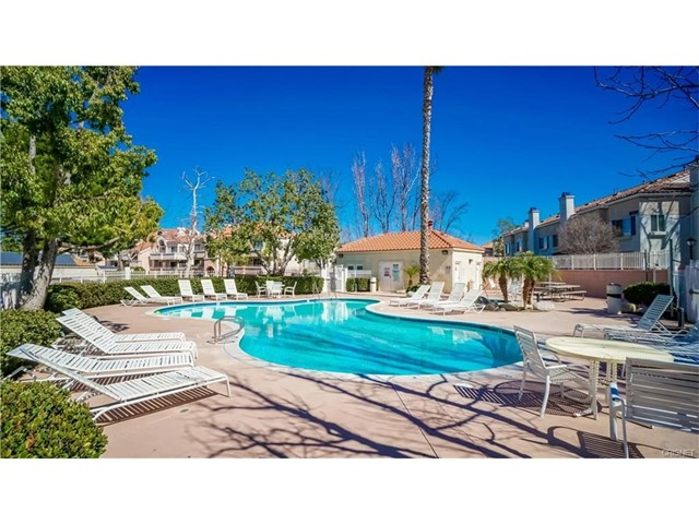 18130 Flynn Drive Unit 61405, Canyon Country CA 91387