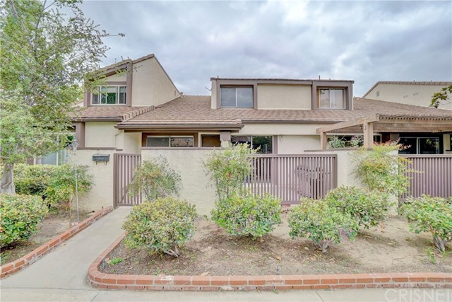 24686 Golfview Drive, Valencia CA 91355