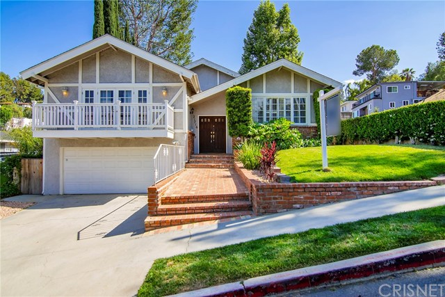 21716 Costanso Street, Woodland Hills CA 91364