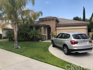 28427 Connick Place, Saugus CA 91350