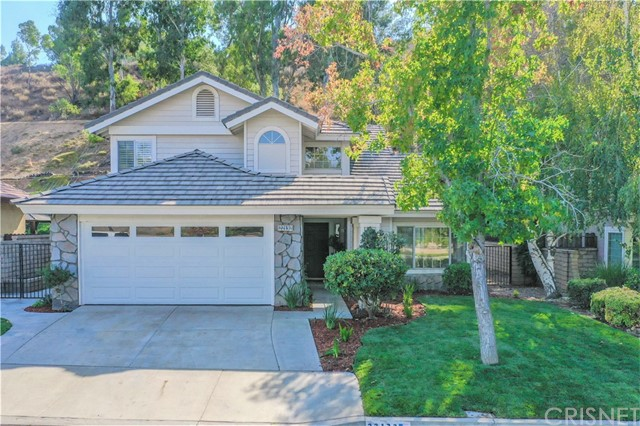 22132 Copper Hill Drive, Saugus CA 91350