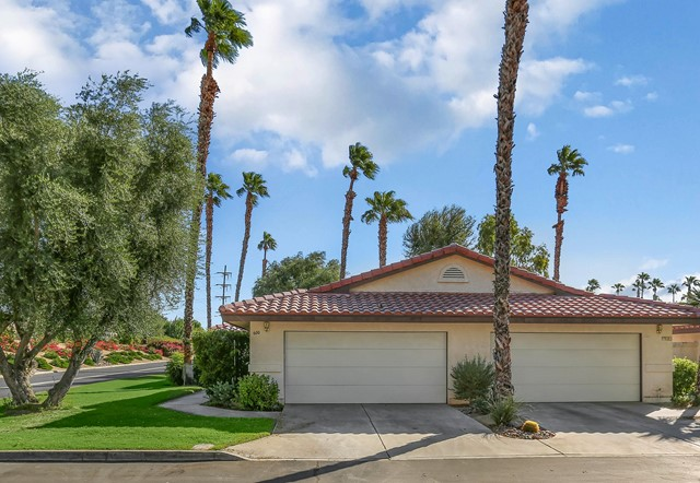 600 Woodcrest Lane, Palm Desert CA 92260