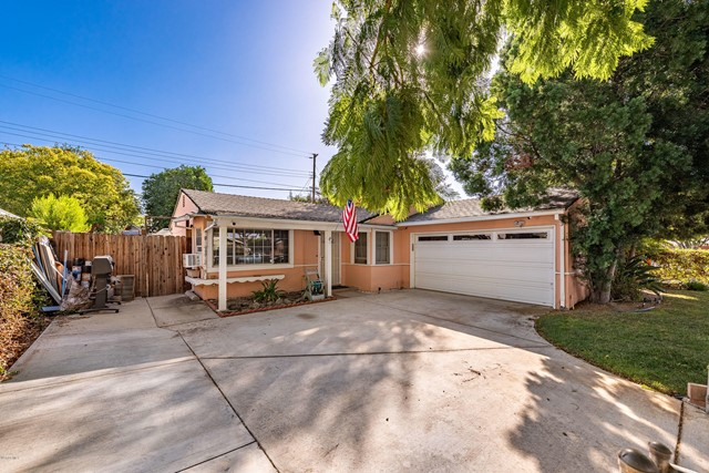 2048 Lupin Street, Simi Valley CA 93065